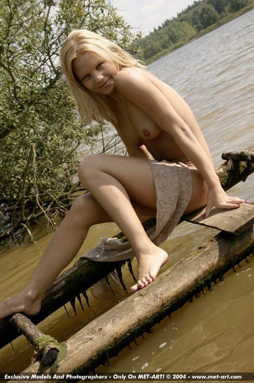 Blonde ex gf nude